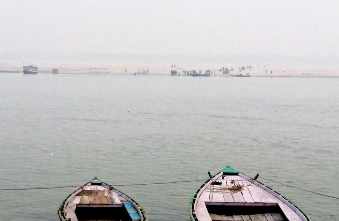 ガンジス川の向こう岸