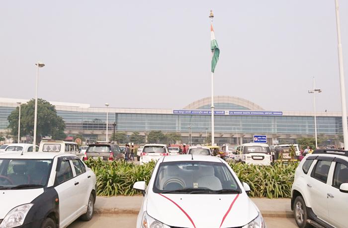 バラナシの空港