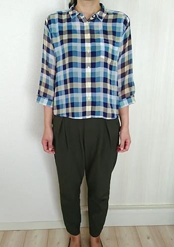 6月~10月の女性の服装