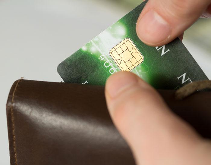クレジットカード以外