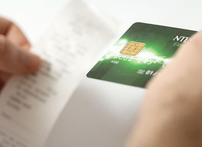海外デビットカードのメリット